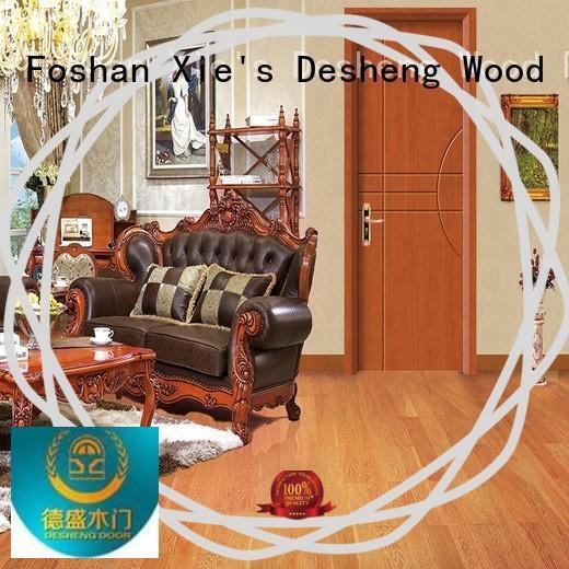 Desheng Doors panles solid wood door design in varnish paint for hotel