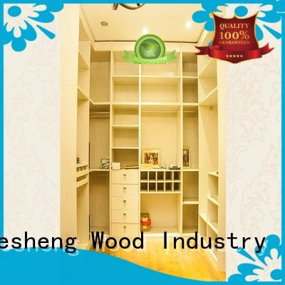 Desheng Wood Industry solid wood triple wardrobe with packaging for hotel