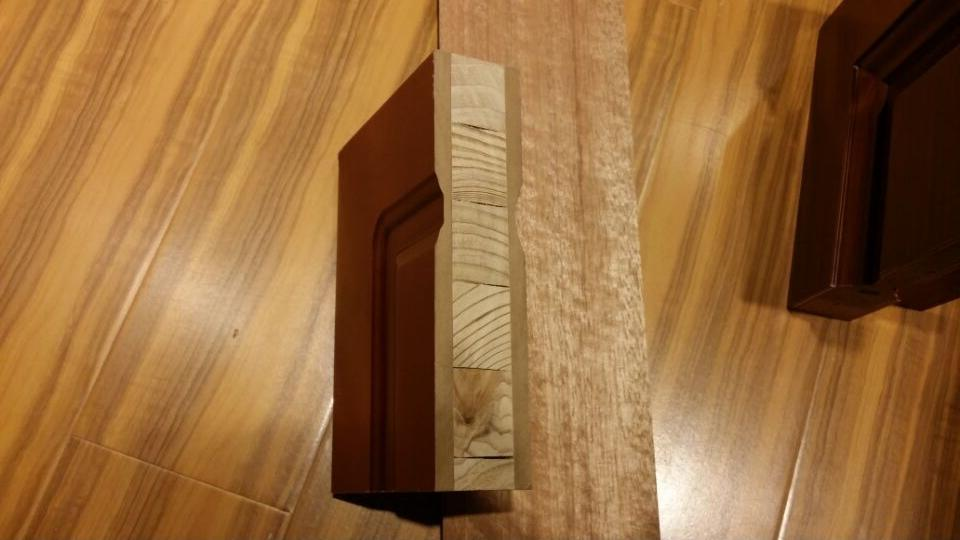 DS-FG06 teak wood veneered door with a long piece patterned glass in the left side